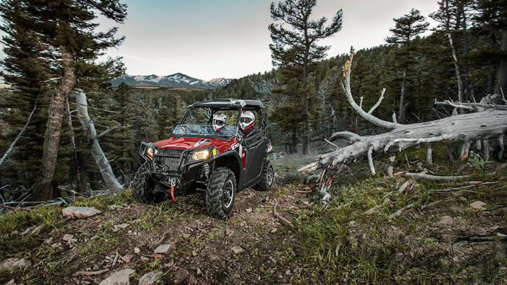 rzr-570-eps-trail-sunset-red-09764
